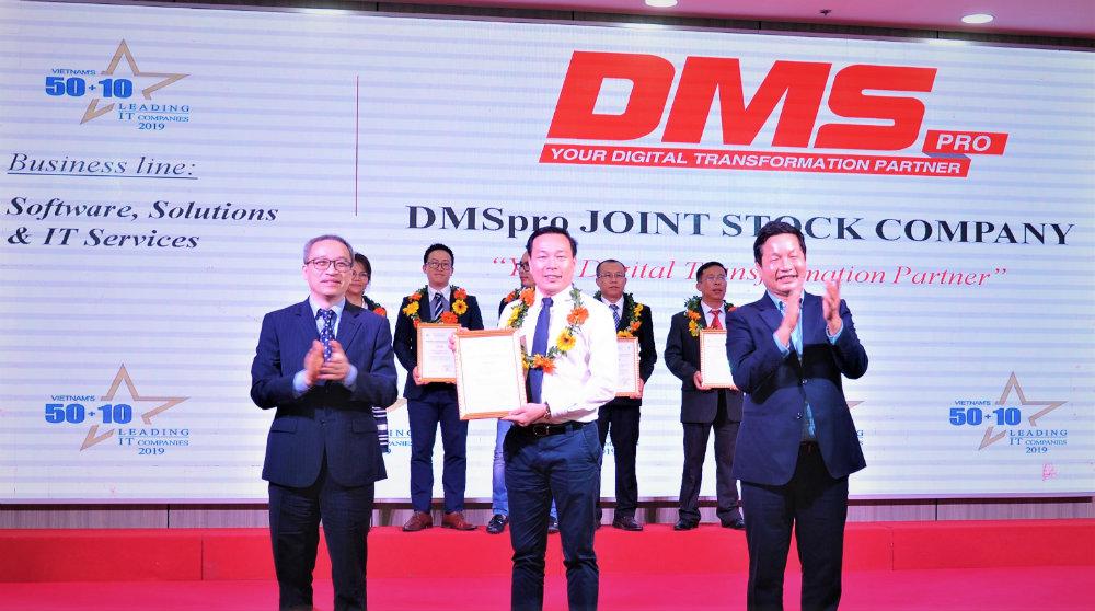 DMSpro nhan danh hieu Top 50 DN CNTT hang dau Viet Nam